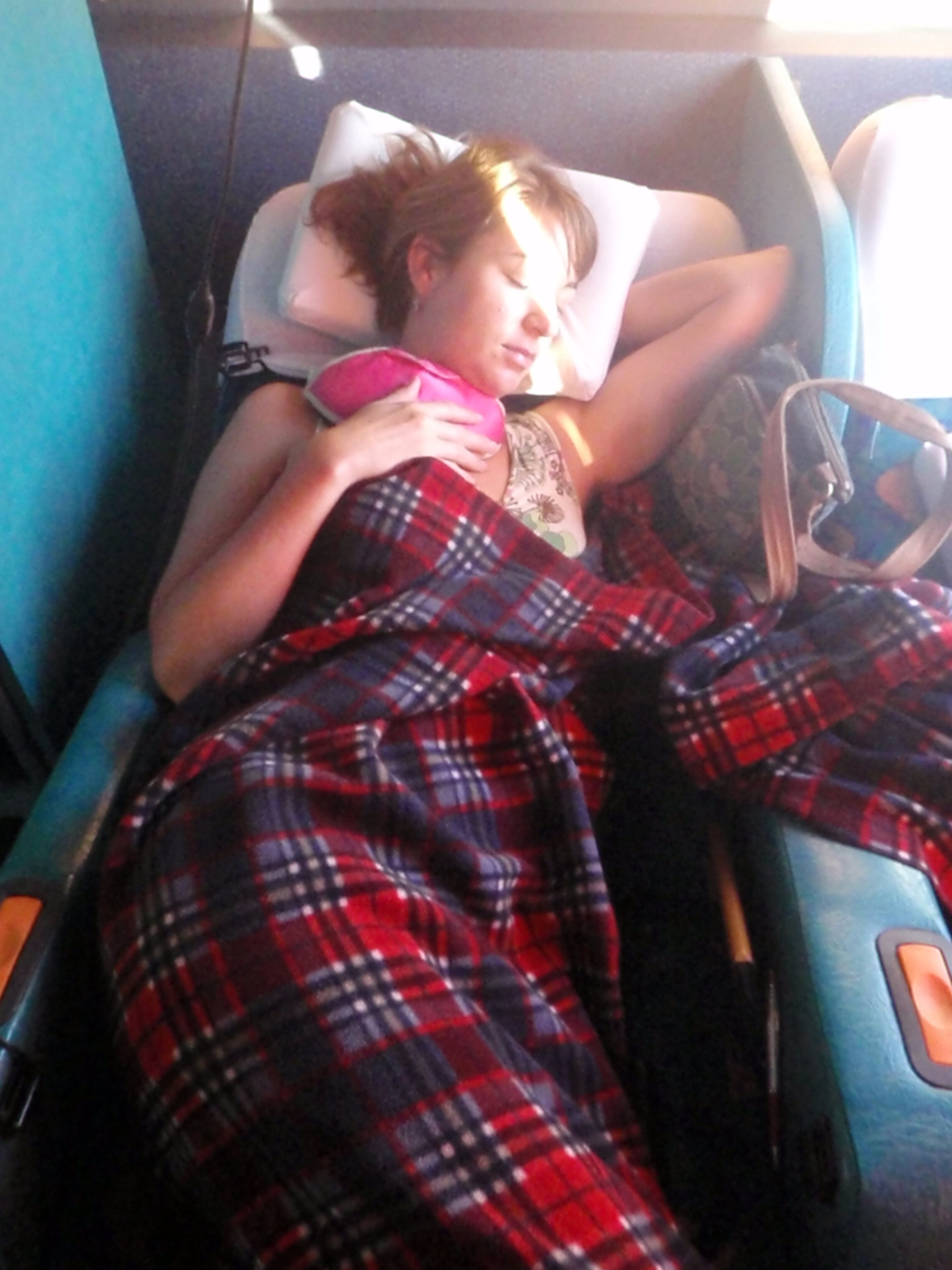 Sleeping in on the night bus – Andean Pass, Chile
