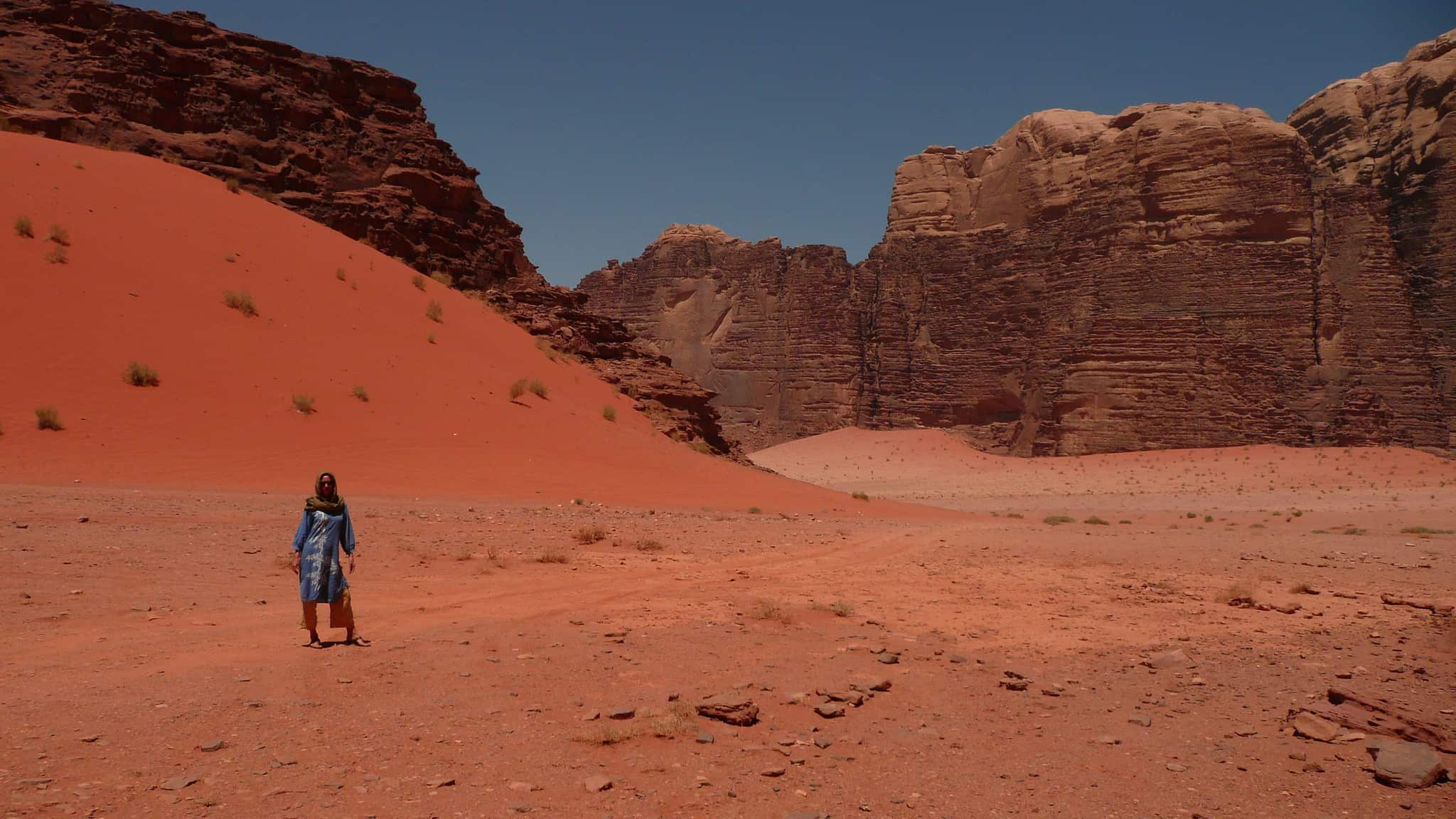 Photo of Lila alone in the Wadi Rum desert
